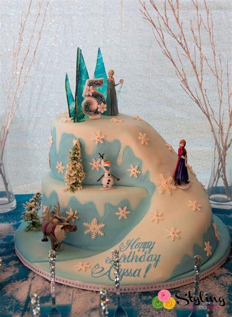 Kara's Party Ideas Frozen themed Snowball in Summer