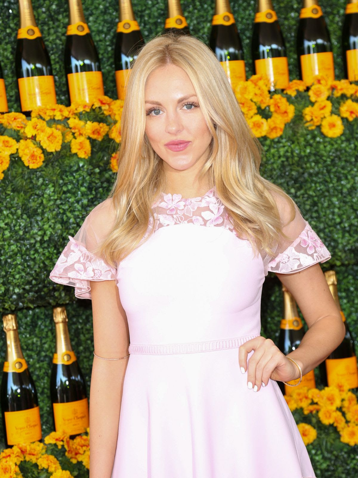 SHEA MARIE at 2015 Veuve Clicquot Polo Classic in Pacific Palisades 10/17/2015
