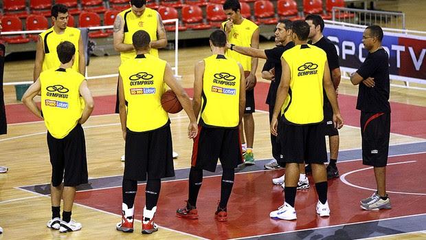José Neto basquete treino Flamengo (Foto: Cezar Loureiro / Agência O Globo)