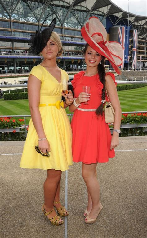 PHOTOS: The Wildest Royal Ascot Hats   Too cute, Tea party