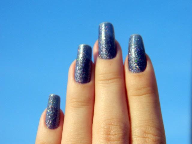 juliana leite unhas da semana esmalte azul 3D top beauty 009