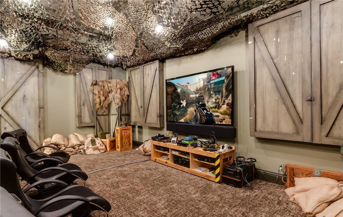 Star Trek And Star Wars Inspired Rooms In Florida Mansion The Escapist