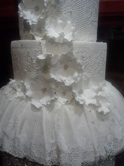 sugar veil wedding cake   my creations   Pinterest
