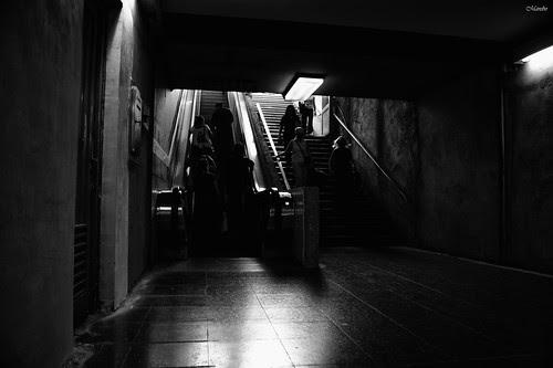 Metro de Santiago. by Alejandro Bonilla
