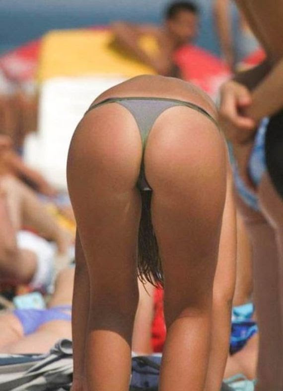 brazilian_bikini_babes_have_the_best_bums