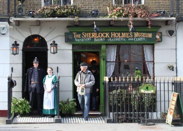 Museo Sherlock Holmes © The Sherlock Holmes Museum. 221b de Baker Street, Londres, Inglaterra. www.sherlock-holmes.co.uk
