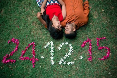 Save The Date Using Flowers   Prewedding Ideas