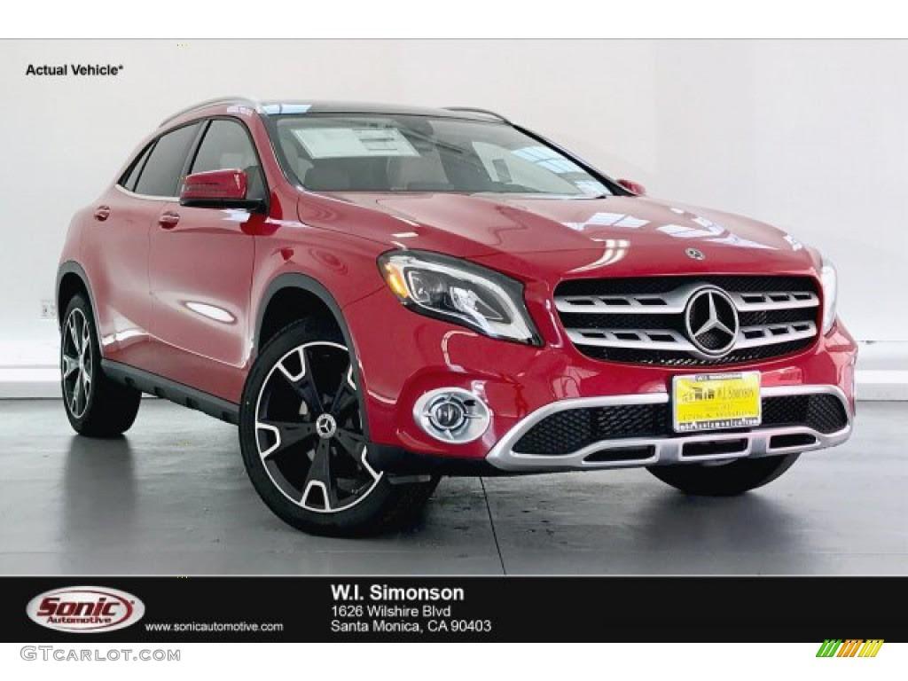 2020 Jupiter Red Mercedes-Benz GLA 250 #135490456 ...