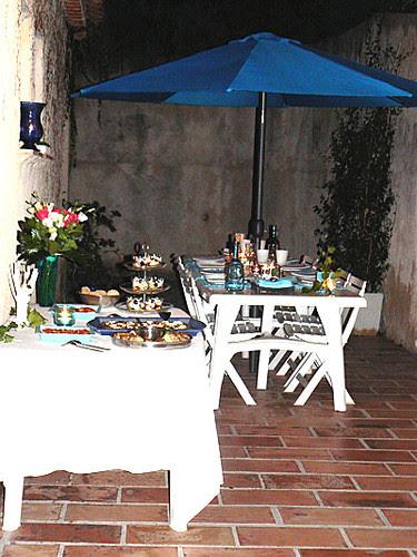 table et buffet chez val.jpg