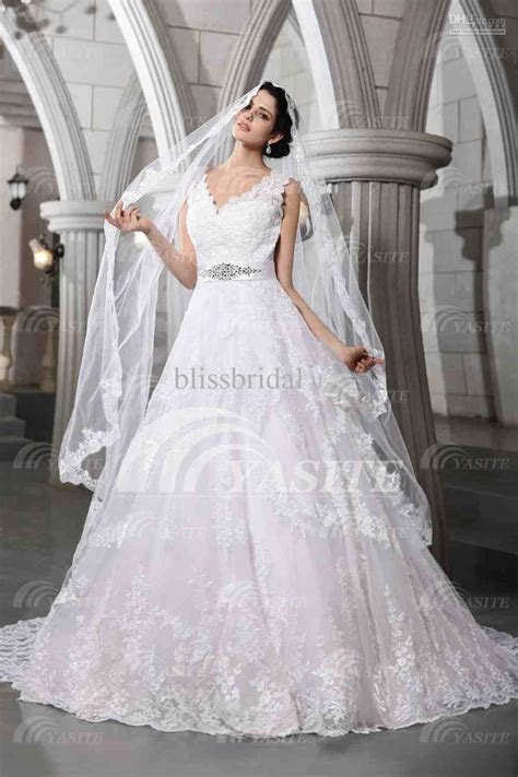 Luxurious V neck Wedding Dresses Lace Chapel Train With A