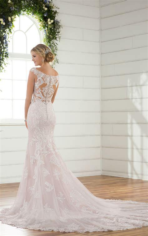 Backless Wedding Dresses   Column Backless Wedding Gown