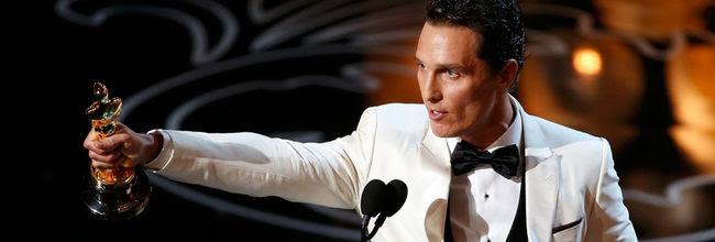 Matthew McConaughey con su Oscar