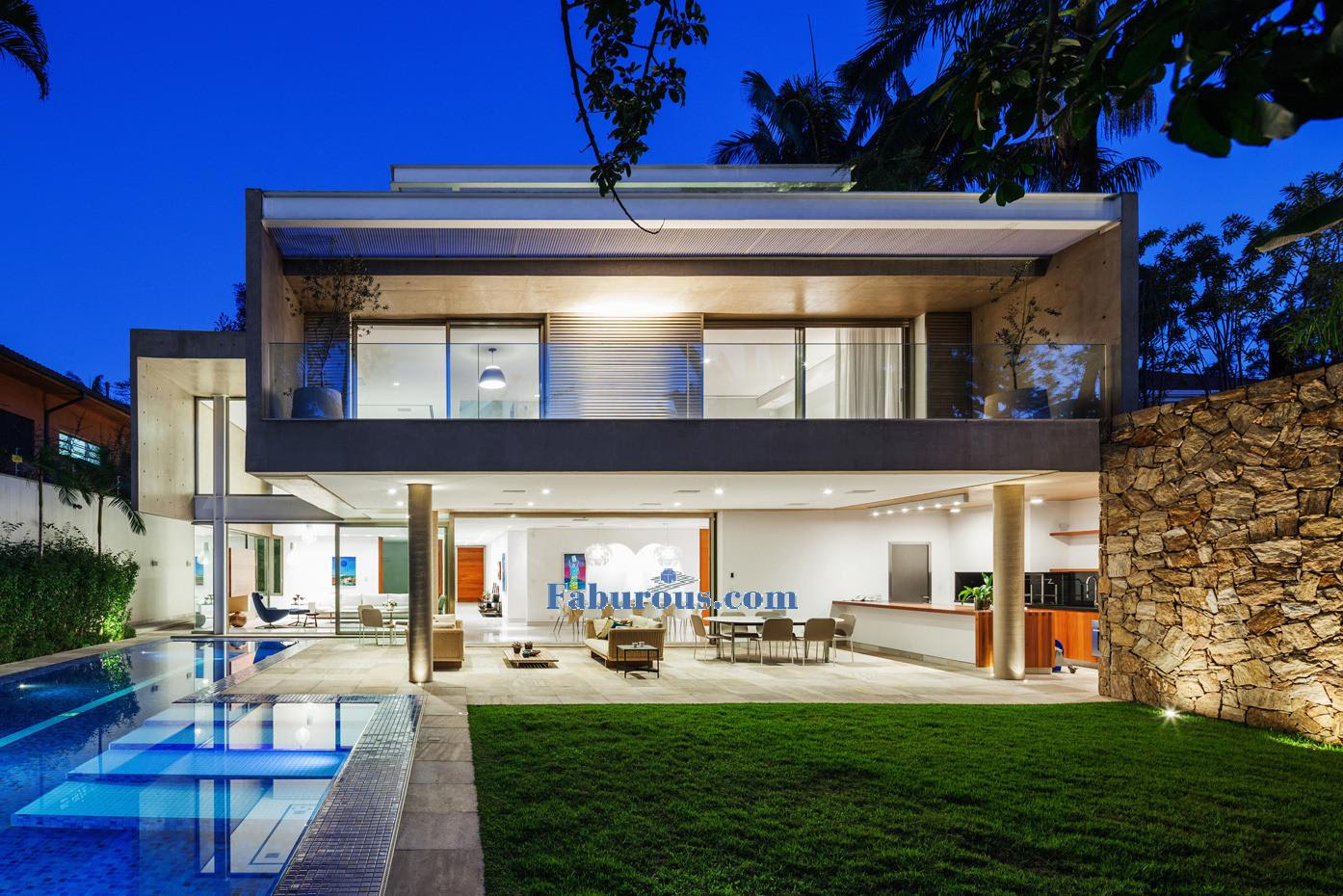 Brazilian Modern House Design