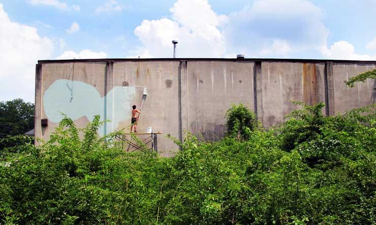 Brooklyn-Street-Art-Doodles-Living-Walls-outline