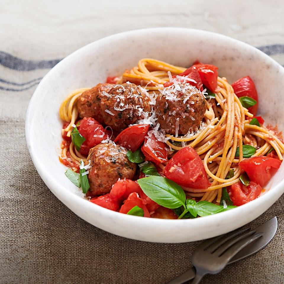 Spaghetti & Chicken Meatballs with No-Cook Tomato Sauce