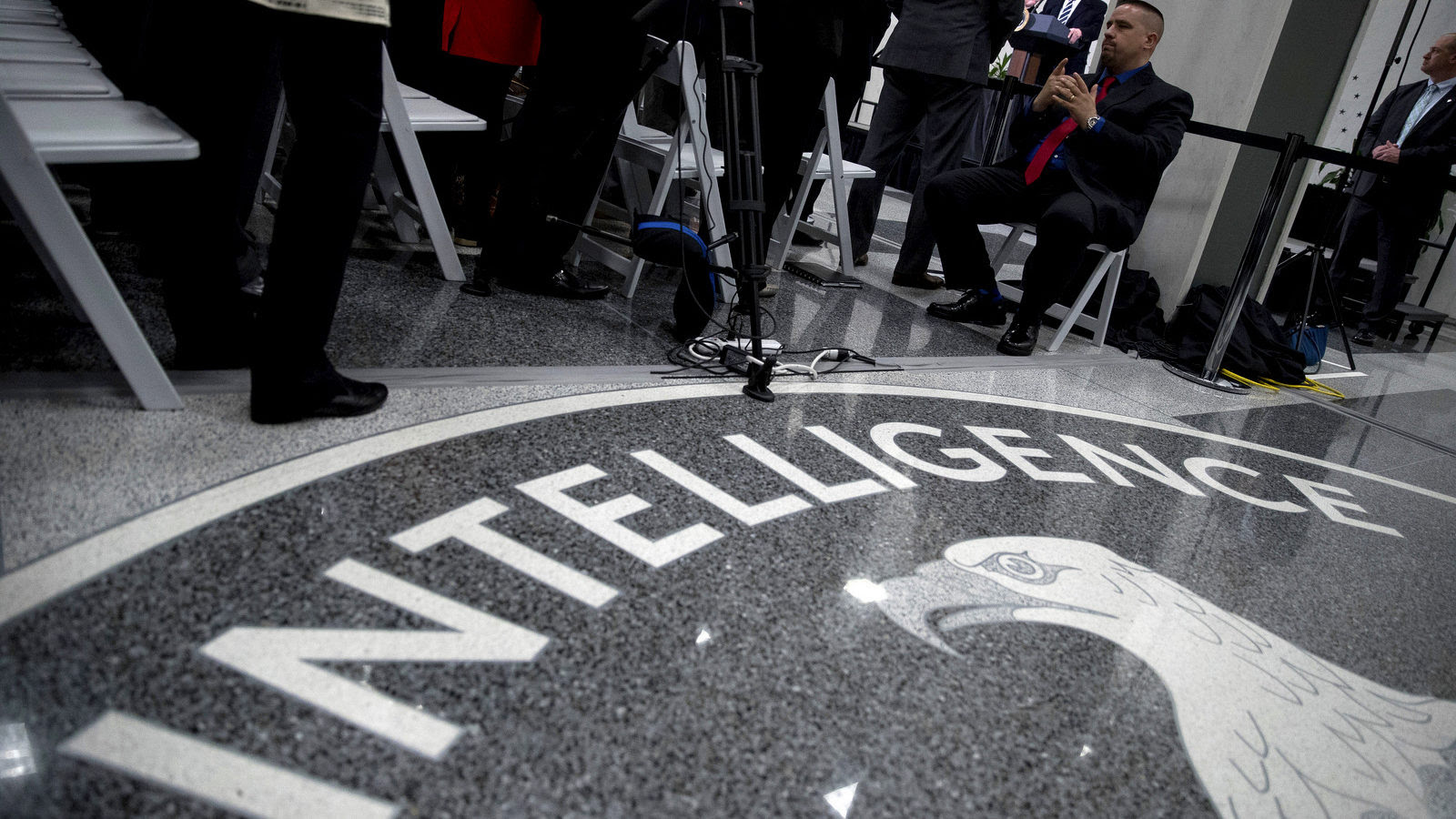 "Wikileaks Reveals ""Dumbo"": CIA Tool To Shut Down Cameras And Mics"