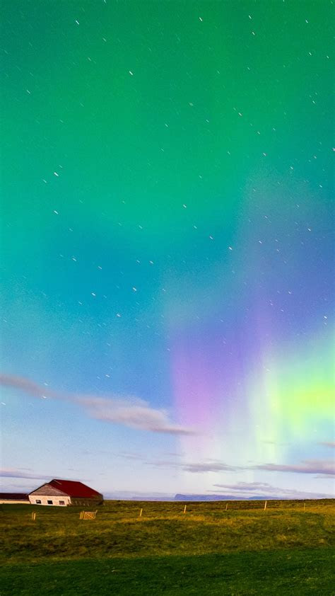 iceland aurora borealis northern lights iphone wallpaper iphone wallpapers