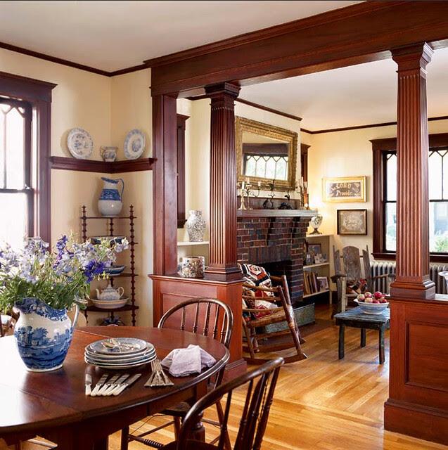 bungalow_wood_frame_cozy