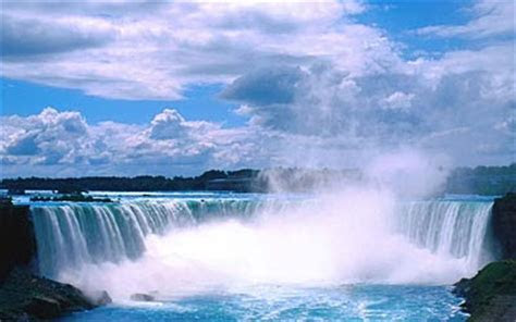 Fashion Show Celebrity: Niagara Falls wallpaper 3