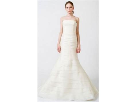 Vera Wang Calla Lily Luxe Collection, $3,500 Size: 8