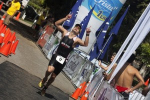 Un tico competirá en el Medio Ironman de Florida. Foto adventur media