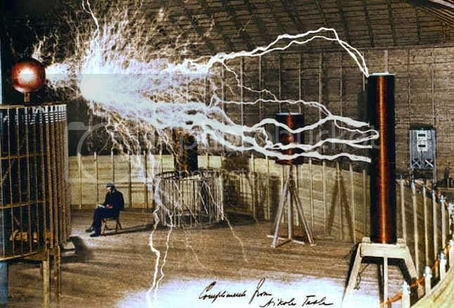 tesla-1.jpg Tesla Coil image by RegressLess