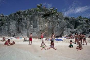 Os portugueses podem ter menos mini-férias