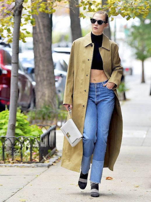 Le Fashion Blog Black Cropped Turtleneck Beige Long Coat White Leather Clutch Heels Karlie Kloss In New York Via Instyle