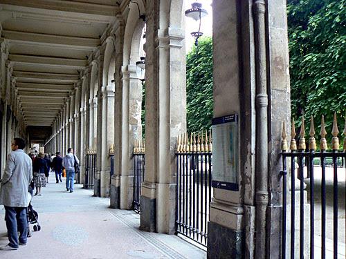 palais royal 1.jpg