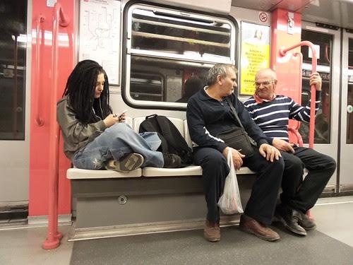 Personaggi in metro, #punkabbestia ? by Ylbert Durishti