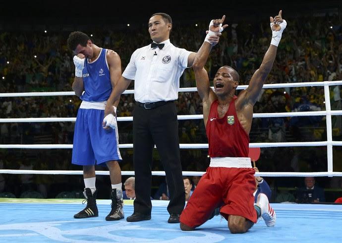robson conceição, boxe, brasil (Foto: REUTERS/Peter Cziborra)