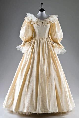 Best 25  1980s wedding dress ideas on Pinterest   1980s