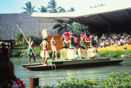 IMG_00706_Polynesian_Cultural_Center