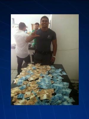 PM ostentava dinheiro em redes sociais (Foto: Reprodução/TV Mirante)