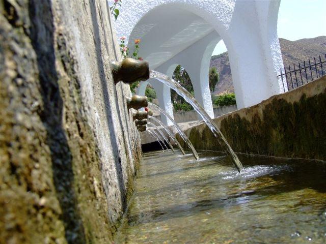 ¡Qué agua más fresquita!. La Fuente de Alboloduy. Alpujarra. Salud. Turismo. Patrimonio.