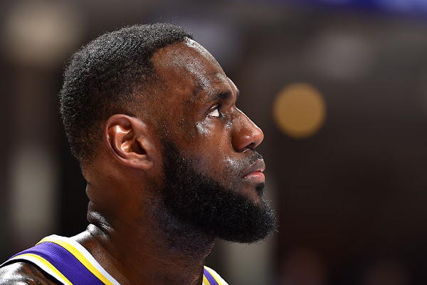 6981d73b564 LeBron James Says That the Lakers  Push to Get Into the Playoffs Isn t a  Distraction