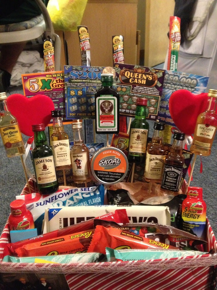 Go Back > Gallery For > Valentines Day Gift Baskets For Boyfriend