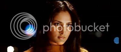 http://img.photobucket.com/albums/v252/BollyNuts/Vaaranam%20Aayiram/45.jpg