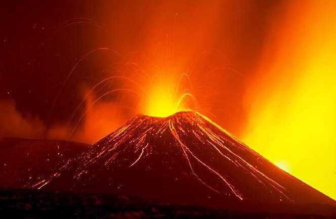 El Etna en erupción