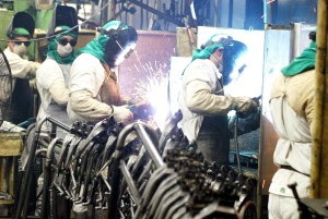 GOVERNO DILMA: Indústria brasileira registra pior desempenho no mundo