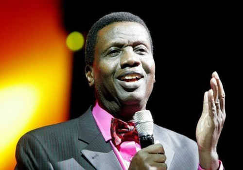Pastor Enoch Adeboye weighs in on the tithe issue.