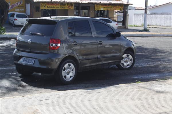 O carro que Francisco Gomes estava quando se envolveu no acidente de trânsito, no bairro Planalto, na noite desse domingo (17)