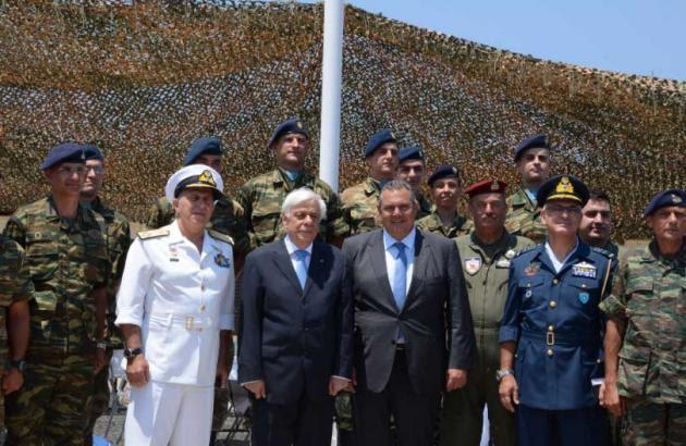 Αποτέλεσμα εικόνας για Ο Πρόεδρος της Δημοκρατίας πραγματοποίησε επίσκεψη σε Σύμη, Φαρμακονήσι, Αγαθονήσι και Χίο, συνοδευόμενος από τον υπουργό Εθνικής Άμυνας Πάνο Καμμένο και τον αρχηγό ΓΕΕΘΑ, ναύαρχο Ευάγγελο Αποστολάκη.