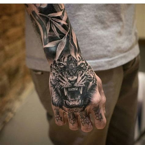 awesome tiger tattoo designs meanings