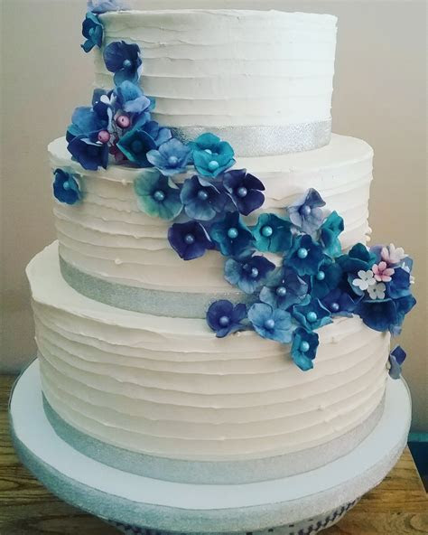 Hydrangea Wedding Cake   CakeCentral.com