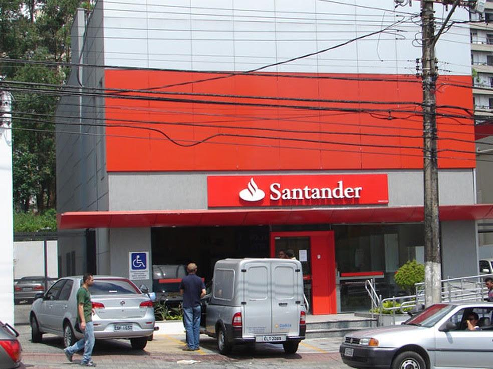 Banco Santander tem capital aberto no Brasil (Foto: Marcelo Mora/G1)