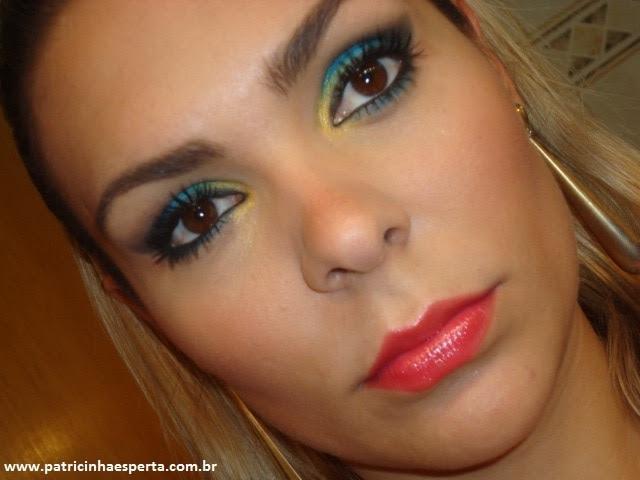 057post2 Tutorial   Maquiagem Azul e Dourado para Baladas e Festas