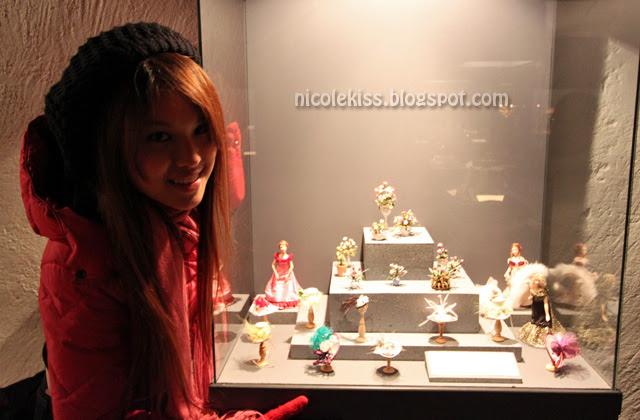 nicolekiss with mini hats