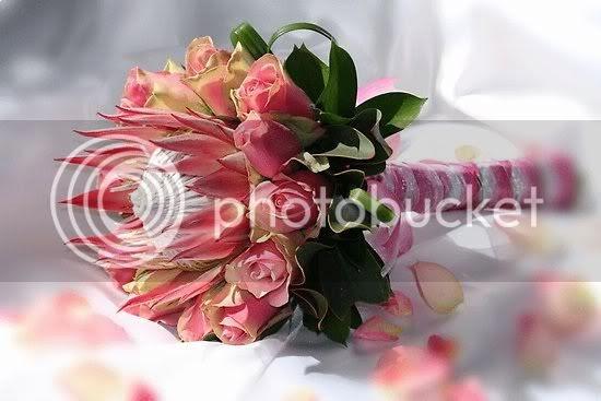 Country Club Flower Shop Heat Tolerant Wedding Flowers