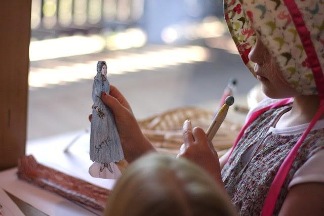 paper doll making-End of the Oregon Trail Interpretive Center